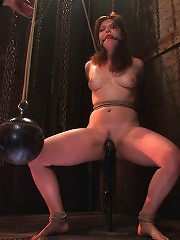 Kimberee Cline Trades pain for pleasure just to Cum!